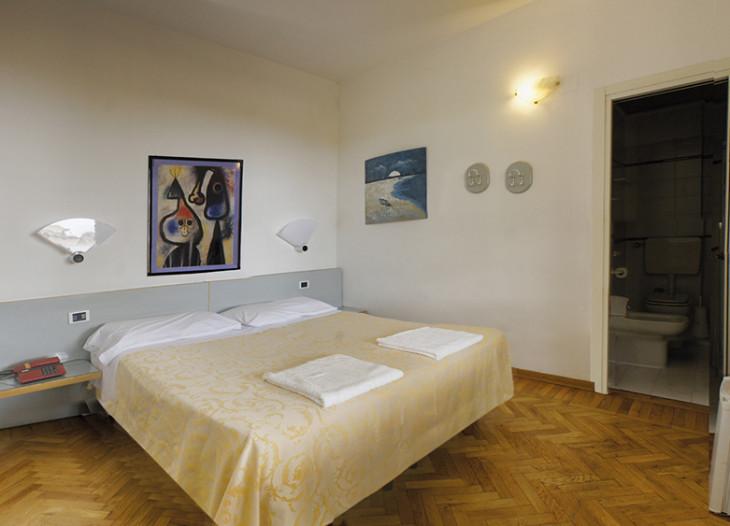 camera1-hotel-resort-montecatini